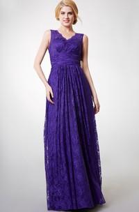 Long Lace V-Neckline Country-Inspire Floor-Length Bridesmaid Dress