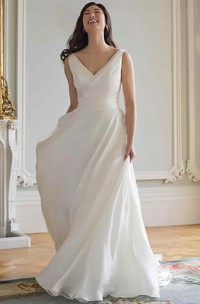 V-neck Sleeveless Ruched Wedding Dress
