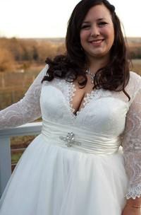 Princess Lace Plus-Size Long-Sleeves Dress