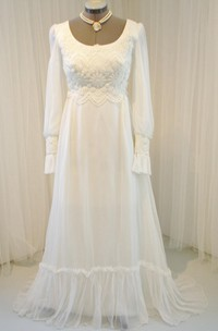 Chiffon Long-Sleeve Vintage Wedding Gown