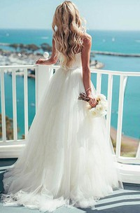 Spaghetti Tulle  Sleeveless Wedding Dress