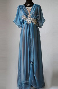 Two-tone Poet-sleeve long Dress With Appliques And bow