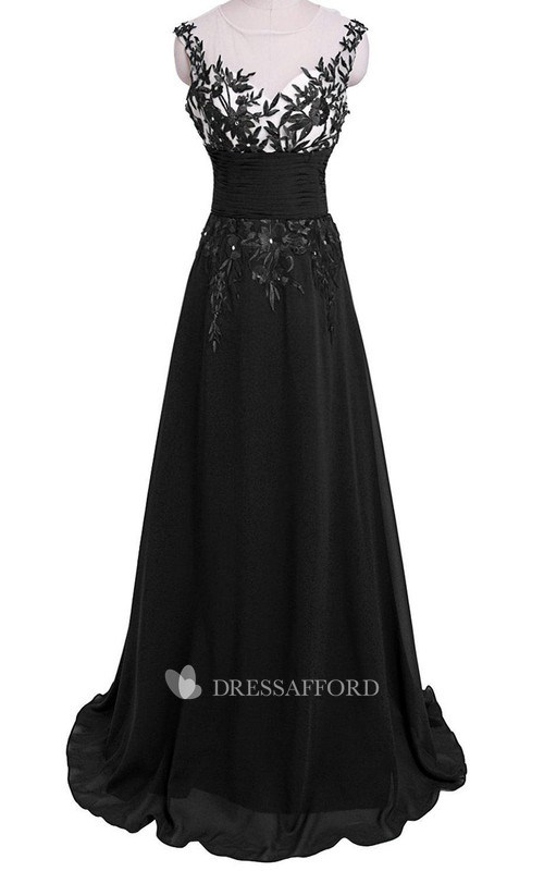 Leaf-Like Appliqued Keyhole Cap-Sleeved Gown