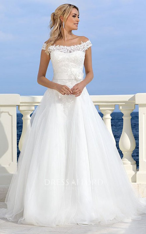 Off-the-shoulder A-line Tulle Wedding Dress With Appliques And Flower