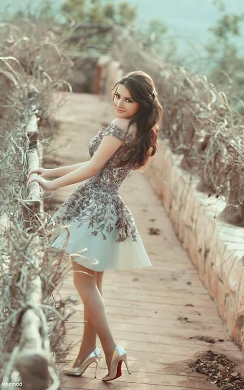 Elegant Lace A-Line Prom Dresses Off-the-Shoulder Petite Evening Dresses
