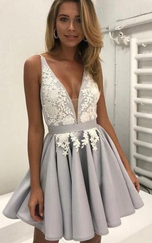 Sleeveless A-line Short Mini Plunging Neckline Appliques Pleats Chiffon Homecoming Dress