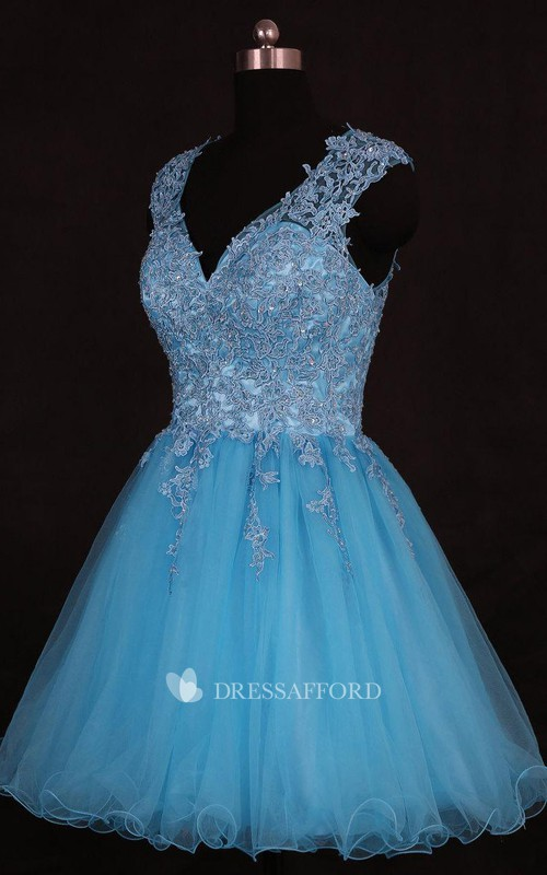 V-neck Sleeveless Tulle A-line short Dress With Appliques And Keyhole