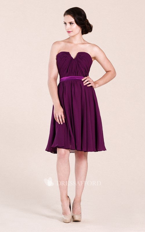 Strapless notched Chiffon Knee-length Bridesmaid Dress With Zipper