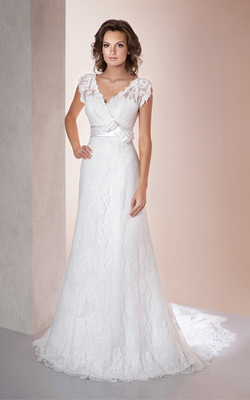 Poet-Sleeve Appliqued Bow Long A-Line Lace Gown