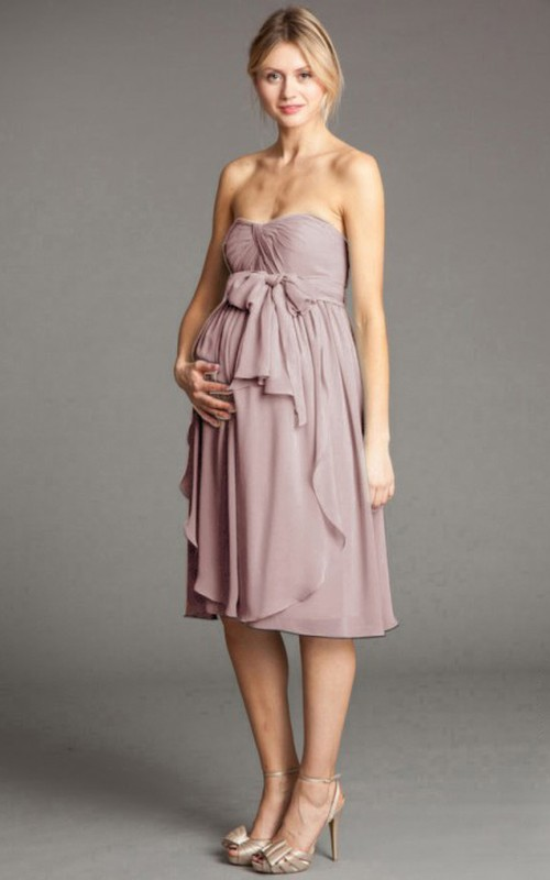 Sweetheart Chiffon Knee-length maternity Bridesmaid Dress With bow
