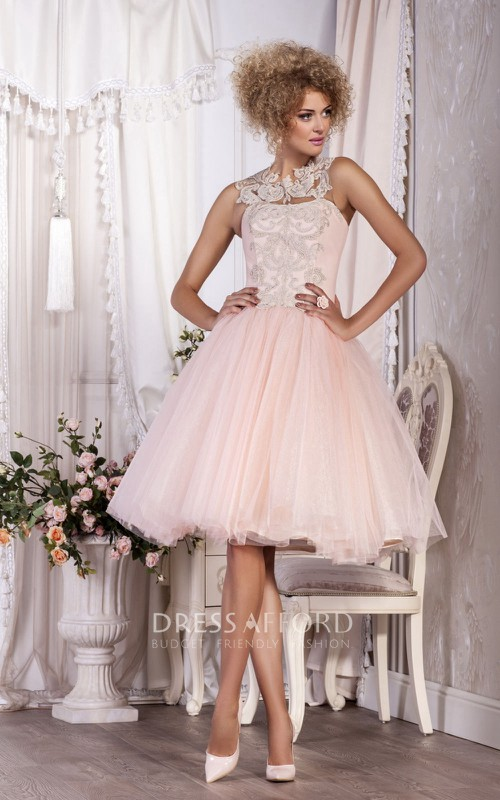 Sleeveless Appliqued Short-Midi A-Line Button Pleated Gown
