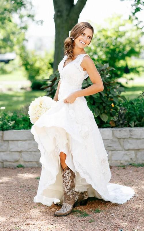 V-neck Lace  Sleeveless Wedding Gown