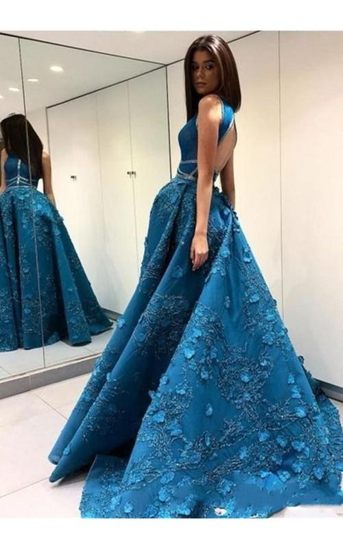 Elegant A-Line Scoop Neck Floor-length Appliques Prom Dress With Keyhole