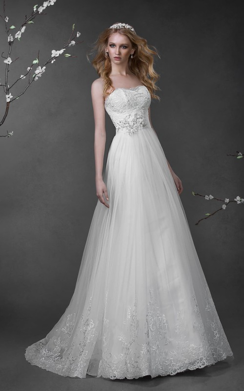 Sleeveless Lace Flower Long A-Line Tulle Dress