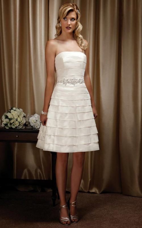 Strapless A-line short Dress With tiers And Waist Jewellery