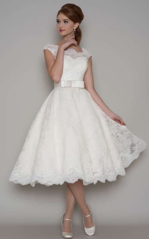 Bateau A-line Tea-length Lace Wedding Dress With Illusion back