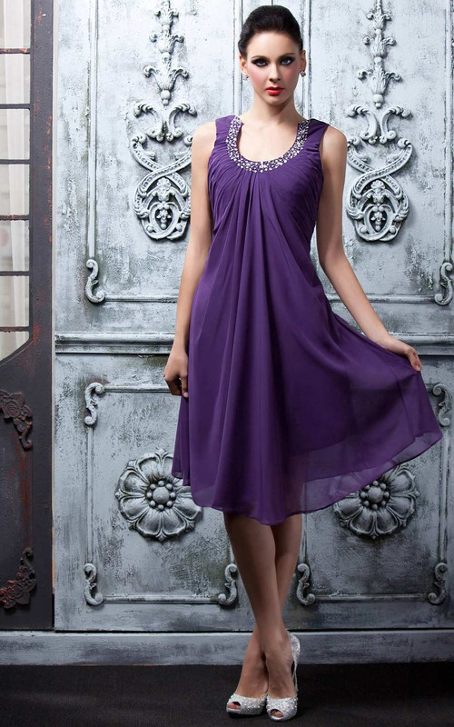 A-line Knee-length Strapless Chiffon Dress with Beading
