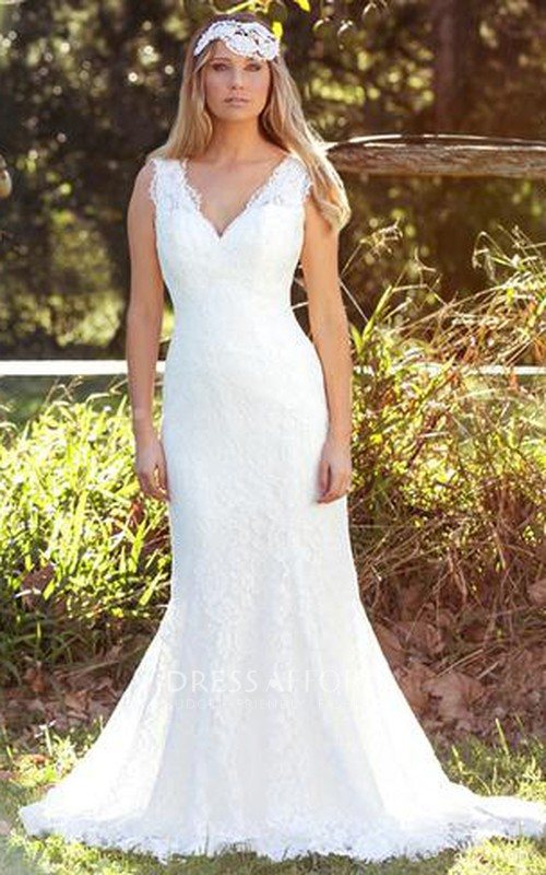 V-neck Sleeveless Trumpet Gown With Appliques And Sweep Train