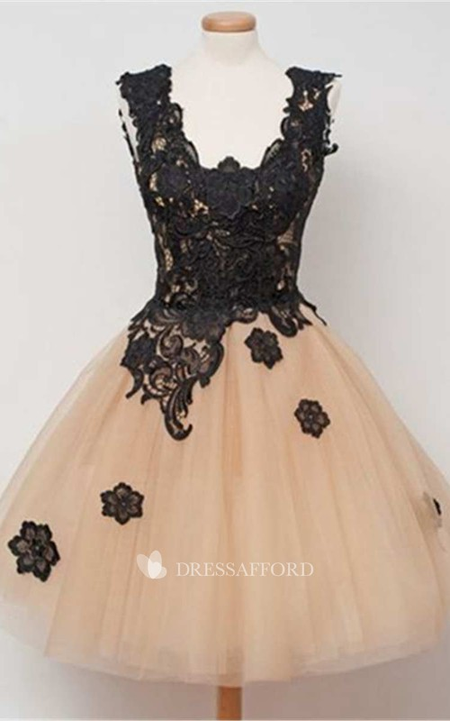 A-line Short Scoop Sleeveless Tulle Dress with Appliques