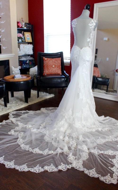 Sleeveless Illusion Back V-Neckline Mermaid Lace Dress