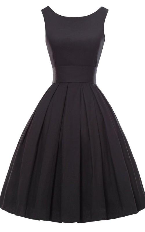 Midi-Length Pleated A-Line Sleeveless Dress