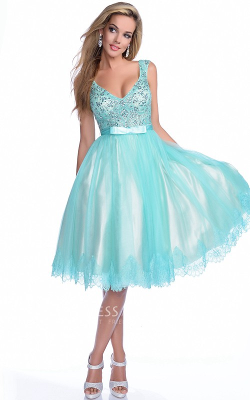 Plunged Sleeveless short A-line Dress With Beading And Lace
