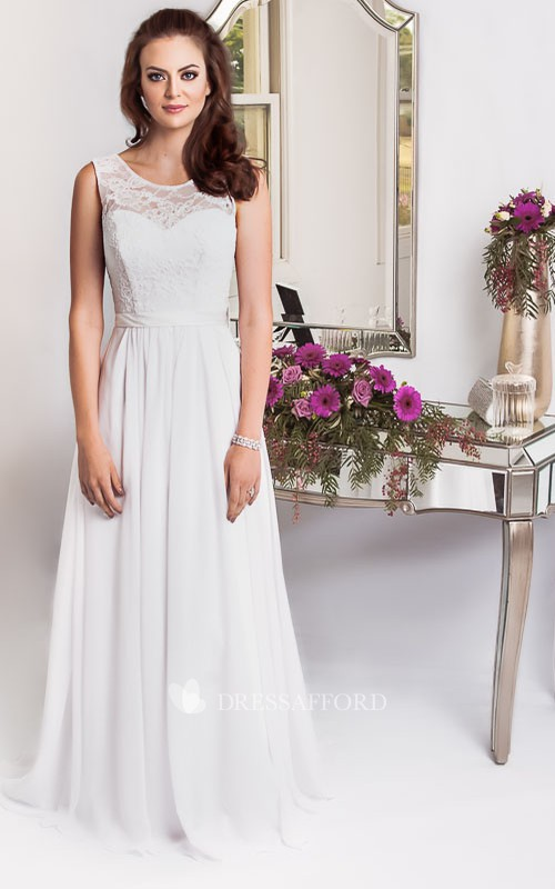 casual Chiffon Sleeveless plus size wedding dress With Embellished Waist And Lace top