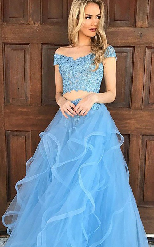 Off-the-shoulder Tulle Sleeveless Floor-length Evening Dress with Appliques and Beading