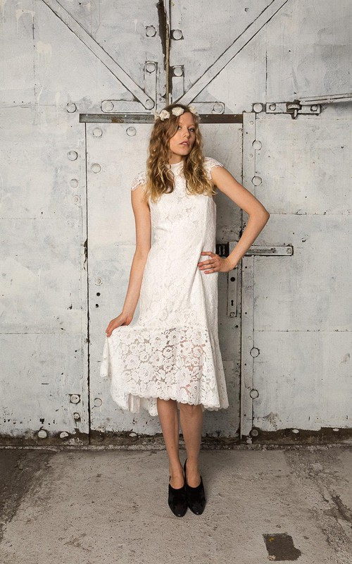 3-4-Length Pleated Column Cap-Sleeve Lace Gown