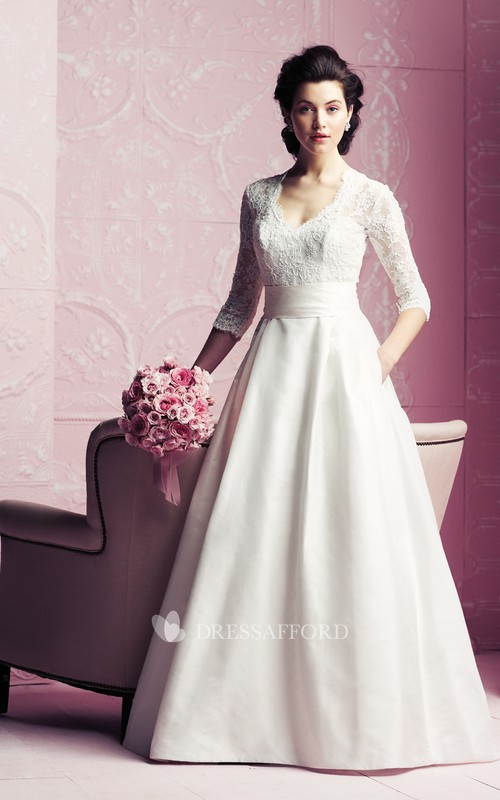 Elegant Lace Top Long-Sleeved A-Line Gown