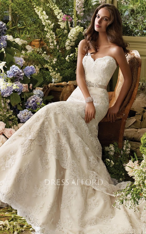 Lace Satin Sash Sweetheart-Neck Alluring Dress