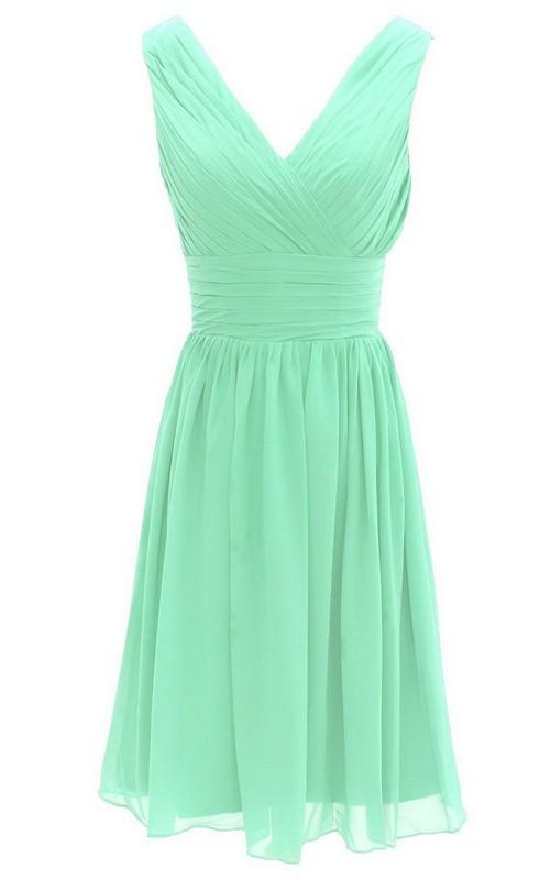 A-Line Ruched Band Pleated V-Neckline Short Dress