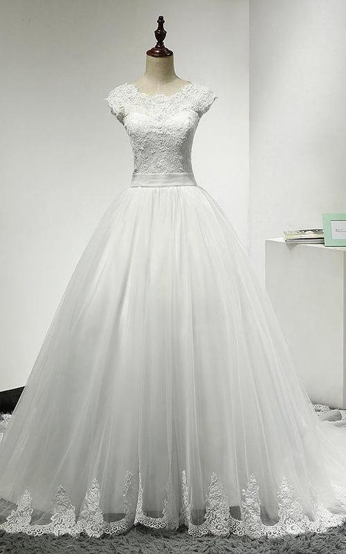 Tulle Scalloped Hem Cap-Sleeve Jewel-Neckline Princess Ball Gown