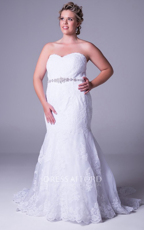 Sweetheart Lace Mermaid plus size Wedding Dress With Jeweled Waist And Court Train