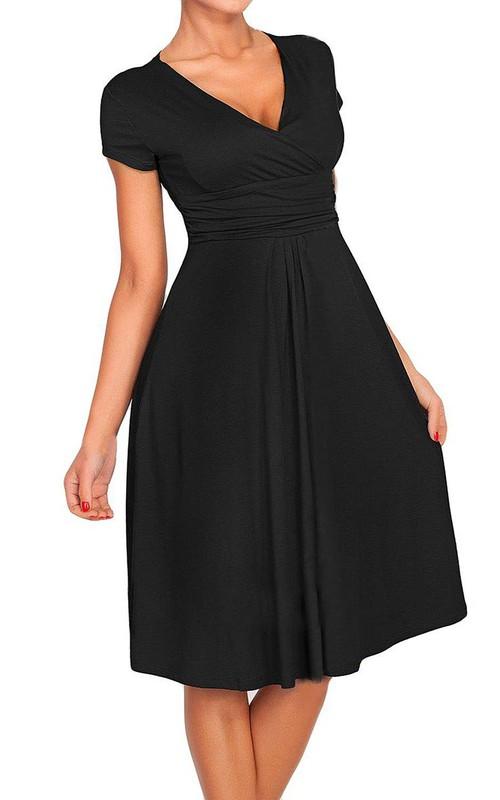 A-Line Chiffon V-Neckline Short-Sleeved Ruched Dress